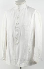 KM Marine toetoep uniform wit met opstaande kraag en vervangen stoffen knopen - maat medium - origineel