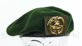 KL Nederlandse leger tussen model baret met Pontonniers insigne 2011 - maker Hassing BV - licht gedragen - maat 55 - origineel