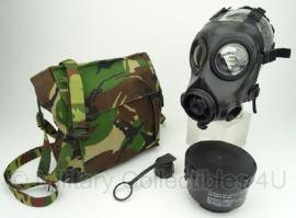 KL AMF12 gasmasker met woodland tas en toebehoren - masker en filter ONGEBRUIKT - maat 1 - origineel