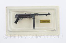 Gedetailleerd metalen model van de WO2 Duitse MP40 Schmeisser - 11 x 5,5 cm - origineel
