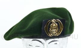KL Nederlandse leger tussen model baret met Technische Dienst insigne - maker Hassing BV - licht gedragen - maat 59 - origineel