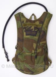 US Army en Korps Mariniers Camelbak waterrugzak woodland MET klittenband - origineel  Forest(woodland) camo