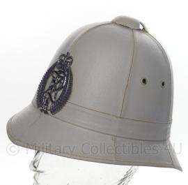 Nieuw-Zeeland politie bobby helm - wit zomer model  - maat 6 1/2 = 53 cm - origineel