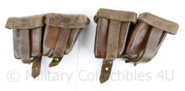 Oostenrijks WO2 Steyr paar patroon tassen  - bruin leer - gedateerd 1930 & 1939 - 18 x 10 x 5 cm - origineel