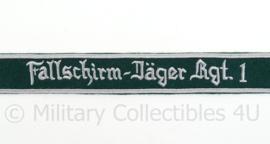 Cufftitle Fallschirm-Jäger Rgt. 1 Fallschirmjäger