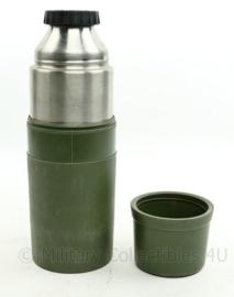 Defensie thermoskan - van binnen als nieuw - 31 x 8 x 9,5 cm - origineel
