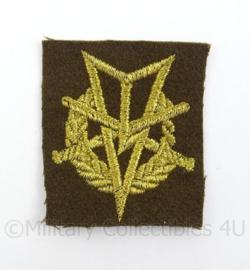 KL Landmacht vaardigheids borst embleem MLV Militaire Lichamelijke Vaardigheden - afmeting 4,5 x 5 cm - origineel