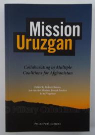 Boek Mission Uruzgan Collaborating in multiple coalitions for Afghanistan - afmeting 23 x 15,5 cm - origineel