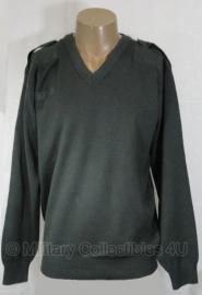 Nederlandse huidig model DT trui donkergroen V Hals - licht gebruikt - maat 10 = xxl    - origineel