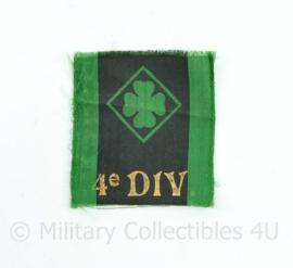 Defensie 4e Divisie insigne - 5 x 4,5 cm - origineel