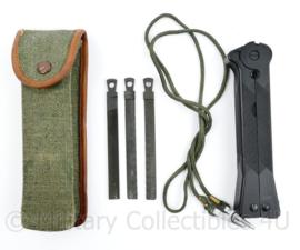Zeldzaam Poolse leger WZ69 EOD multitool set - 15 x 2,5 x 2 cm - origineel