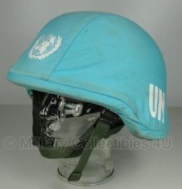 Nederlands helmovertrek VN UN / United Nations - maat MEDIUM - goede staat - ZONDER HELM - origineel