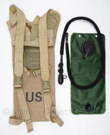 Waterrugzak Camelbak 3 liter met NIEUWE waterzak - US ARMY - Coyote - origineel
