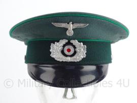 Duitse Gebirgsjäger pet met replica insignes