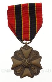 Belgische Leopold medaille -  8 x 4 cm - origineel