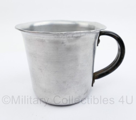 MVO aluminium beker met stalen greep - 8 x 9 x 7 cm - origineel