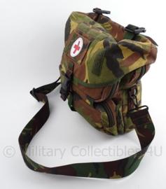 KL Nederlandse leger woodland geneeskundig verzorger tas - zeer goede staat - origineel