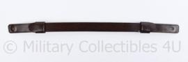 Nederlandse DT platte pet kin riem - vorig model - bruin leder - 30,5 x 1,5 cm - origineel