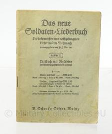 WO2 Duitse Wehrmacht soldaten Liederbuch - afmeting 10 x 14 cm - origineel