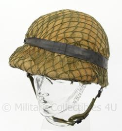 KL Landmacht M1 helm met jute en helm net - origineel