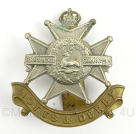 WO2 Britse pet of baret insigne Notts and Derby Sherwood Foresters - afmeting 4 x 5 cm - origineel