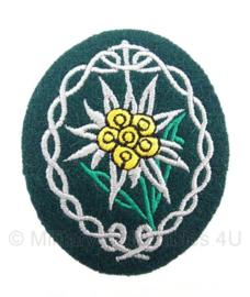M36 Gebirgsjäger edelweiss