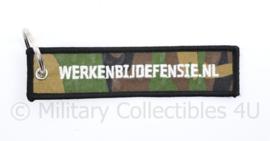 Sleutelhanger - werken bij Defensie - 16 x 3 cm - origineel