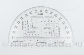 Defensie kaarthoek Protractor RA 6 in MILLS Mk1  - 15 x 10 cm - 1 : 50.000 - origineel