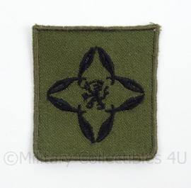 KL Landmacht borst embleem/brevet Officier Accountant - groen - afmeting 4,5 x 5 cm - origineel