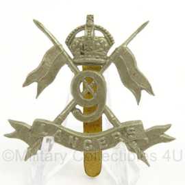 WO2 Britse baret of pet insigne 9th Queen's Royal Lancers - afmeting 5 x 5 cm - origineel