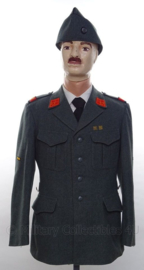 Zwitserse leger uniform SET jas, overhemd, stropdas en schuitje - met originele insignes en medailles - maat 48 - origineel