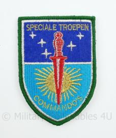 Nederlandse Speciale Troepen Commando's embleem 1950-1953 Nederlands Indie  - met klittenband 9 x 6,3 cm.