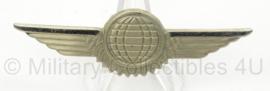 BW Bundeswehr borstspange Tatigkeitsabzeiche zilver - Flugzeugfeuhrer, Luftfahrzeug besatzungsangehoriger - afmeting 8 x 2 cm - origineel