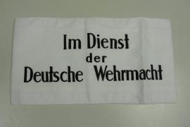 Armband Im Dienst der Deutsche Wehrmacht - wit