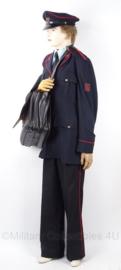 Nederlandse PTT uniform set, jasje, broek, pet en tas - met originele knopen - zeldzaam - maat 40L - origineel