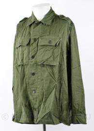 KL jaren 70 model M58 naar M78 overgangsmodel uniform groen - borst 104-108 - origineel
