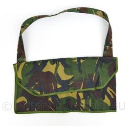 Nederlands leger draagtas met vakken voor gereedschap - Woodland DPM camo - nieuw -   26 x 48 cm - origineel