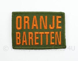 Oranje Baretten embleem - met klittenband - 8 x 5,5 cm