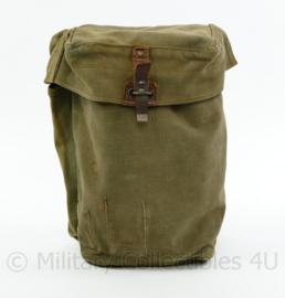 MVO gasmasker tas leeg voor T1 K62 gasmasker - 25 x 15,5 x 11,5 cm - origineel