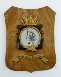 Wandbord  Koninklijke Marine HR Ms Karel Doorman - 19 x 14 x 1 cm - origineel