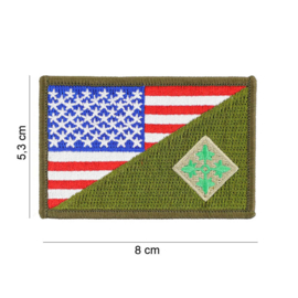 Embleem stof US 4th Infantry Division small with American flag and GREEN - 8 x 5,3 cm.