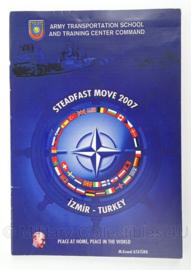 Turkse leger informatie brochure - Izmir - ATSTC -  Steadfast Move 2007 - 14 x 22 cm - origineel