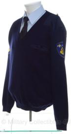 Nederlandse politie trui met emblemen - v-hals - maat 7 = XXL - ONGEDRAGEN - origineel
