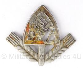 WO2 Duits Reicharbeitsdienst RAD pet embleem - bodemvondst - 3 x 4 cm - origineel