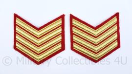 Korps Mariniers Barathea arm rangemblemen paar - goud op rood - Sergeant- Majoor der Mariniers - origineel
