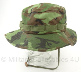 US woodland camo boonie hat jungle hat - maat Medium = 57/58 cm. - origineel