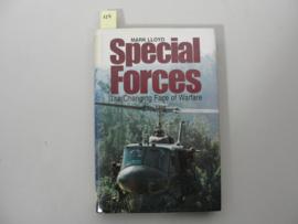 Boek 'Special Forces' - Mark Lloyd