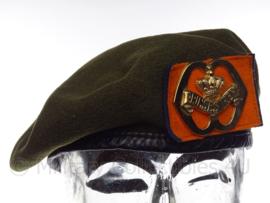 """KL Koninklijke Landmacht baret met insigne """"Garde fuseliers Prinses Irene"""" - vorig model - maat 57 - origineel"""