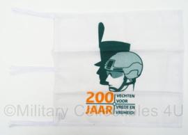 KL Landmacht vlag 200 jaar vechten voor vrede en veiligheid - afmeting 43 x 39 cm - origineel