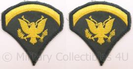 US Army Vietnam oorlog arm emblemen - rang Specialist Five - Cut edge - afmeting 7,5 x 8 cm - origineel